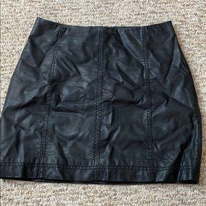 Free people leather mini skirt zip
